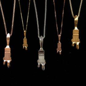 Bijoux d'Artistes : Pendant LIORA on Chain Silver Gilt