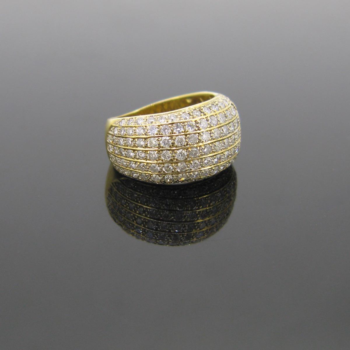 Pavé Diamonds Bombe Ring