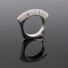 Modern Diamonds Pavé Ring