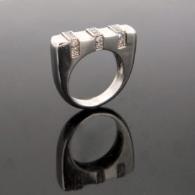 Design 3 Lines Diamonds Ring