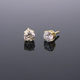 Brilliant Cut Diamonds Studs
