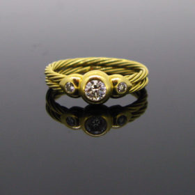 Twisted Wires 3 Diamonds Ring