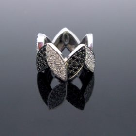 Black Diamonds Losange Ring