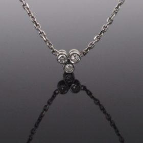 3 Brilliant Cut Diamonds Necklace