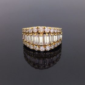 Baguette and Brilliant cut Diamonds Ring