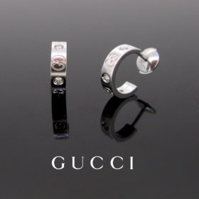 Small Icon Diamonds Hoop Earrings by Gucci