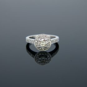 Solitaire 0.42ct Diamond Cluster Ring