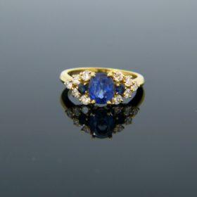 Vintage Ceylon Sapphire & Diamonds Ring
