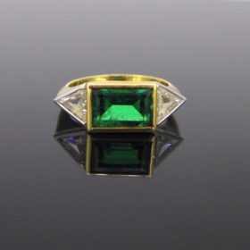 Retro Emerald Triangle Cut Diamonds Ring