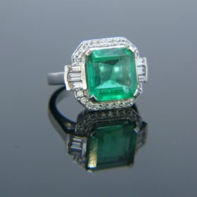 5.11ct Colombian Emerald & Diamonds Ring