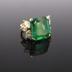 7.40ct Colombian Emerald Diamonds Ring