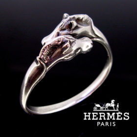 Hermès Two Horse Heads Bangle