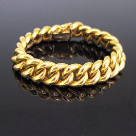 Chunky Curb Links 18kt Yellow Gold Bracelet