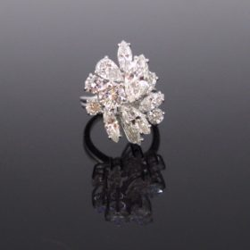 Marquise Brilliant cut Diamonds Cocktail Ring