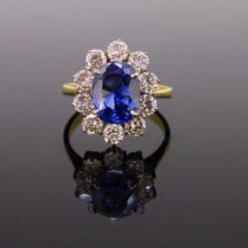 3.84ct Sapphire Diamond Cluster Ring