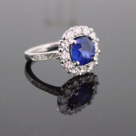 2.50ct Ceylon Sapphire Diamonds Cluster Ring