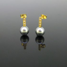 Tahitian Cultured Pearl Diamonds Earrings Studs