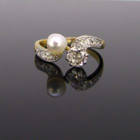 Edwardian Natural Pearl Diamonds Ring
