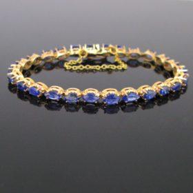 Modern Navette cut 4ct Sapphires Bracelet