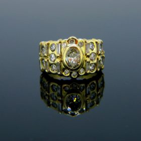 French Vintage Oval Diamonds Ring