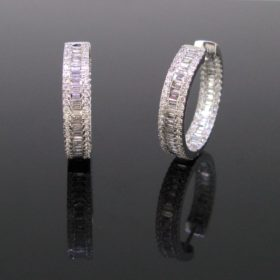 3.57ct Diamonds White Gold Hoop Earrings