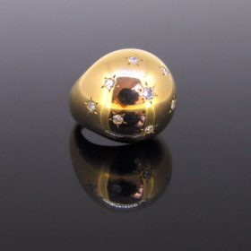 Star Setting Diamond Bombe Dome Ring