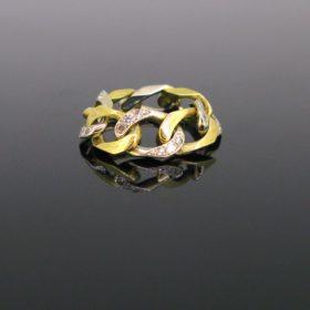 Retro Diamonds Curb Link Ring