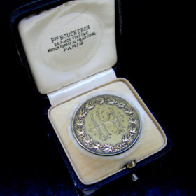 Remembrance Coin in its box Boucheron,