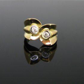 Retro Tank Diamonds Gold Platinum Ring